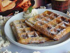TücsökBogár konyhája: Csokoládés ropogós gofri Waffles, Pancakes, Sweet Cookies, Something Sweet, Recipies, Food And Drink, Sweets, Baking, Breakfast