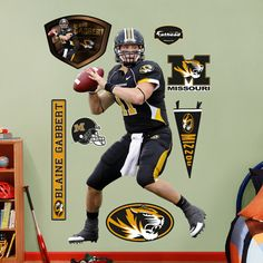 Blaine Gabbert, Missouri Tigers. Would anyone judge me if I put this on my wall?
