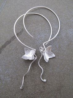 Dancing Flower Earrings in Sterling Silver by FacciaFelice on Etsy, $45.00