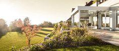 Sie suchen einen Wintergarten aus Aluminium? – Fenster Schmidinger aus Gramastetten in Oberösterreich (OÖ) plant, errichtet und fertigt hochqualitative Wintergärten aus Aluminium, Sommergärten und Terrassenverglasungen. Mit Wintergärten von Fenster Schmidinger erweitern Sie jetzt stilvoll Ihren Wohnraum.