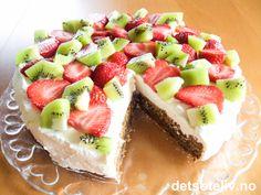 Herlig smak av sommer! Let Them Eat Cake, Cheesecake, Food And Drink, Cookies, Baking, Desserts, Store, Crack Crackers, Tailgate Desserts