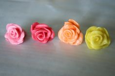 How to make a rose out  of Starburst lollies - Cake decorating TUTORIAL