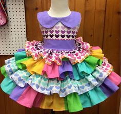 Baby Girl Frocks, Frocks For Girls, Little Girl Dresses, Girls Dresses, Toddler Fashion, Girl Fashion, Victoria Fashion, Easy Halloween Decorations, Baby Gown