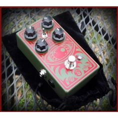 Limited Edition Mojo Hand FX Red Guard Colossus Fuzz Pedal $169.95