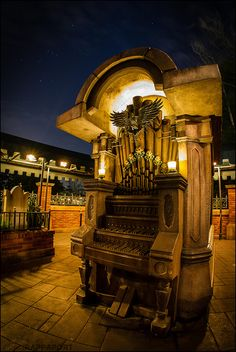 pipe organ from the new haunted mansion queue at walt disney world