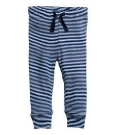 Blue/striped. CONSCIOUS. Pants in soft organic cotton jersey with an elasticized drawstring waistband and ribbed hems.