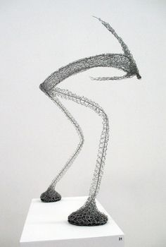 Barbara Licha - wire sculpture