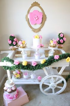 diy beauty and the beast candy cart Tea Party Birthday, Disney Birthday, 6th Birthday Parties, It's Your Birthday, Baby Birthday, Birthday Ideas, Beauty And The Beast Diy, Diy Beauty, Festive Crafts