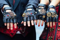 steampunk gloves london engagement cosplay pre wedding vintage fantasy autumn photo shoot kynance mews kensington (2)