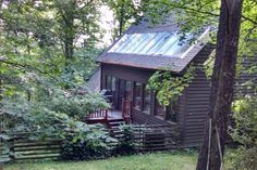 Asheville, NC Airbnb - Get $25 credit with Airbnb if you sign up with this link http://www.airbnb.com/c/groberts22