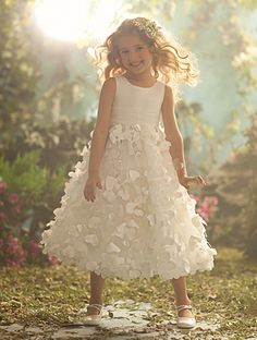 Disney Blossoms by Alfred Angelo Style #708 for your little Rapunzel #AlfredAngelo www.alfredangelo.com