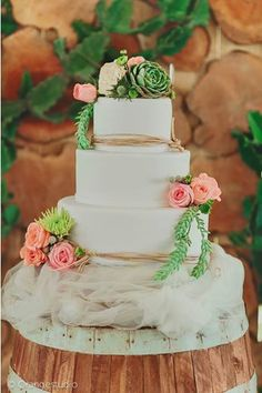 Rustic Wedding Cake by Cupcake Couture Davao  photo by Orange Studio styling by Something Splendid  www.facebook.com/cupcakecouturedavao