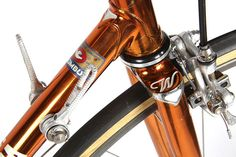 The modern iteration of Wilier's La Triestina is as different to its forebear as Alfa Romeo's Spider is to a Tipo 33 — but at least the racing pedigree still runs through their veins. Wilier is an abbreviation for 'Viva l'Italia Libera e Redenta': Long live Italy, liberated and redeemed. This immaculate, copper-plated example, currently offered for sale by Eroica Cicli, is a fine example of the Italian style.