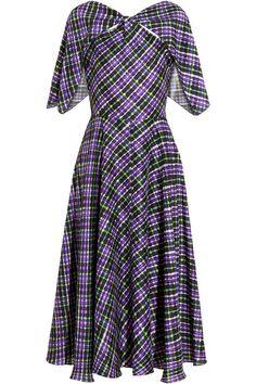 Elwood printed silk dress by Roksanda Ilincic Cape Dress, Silk Dress, Roksanda, Dress Cuts, Dress Patterns, Pattern Dress, Pretty Outfits, Pretty Clothes, Flare Skirt