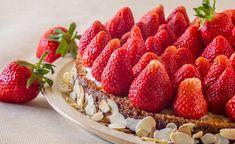 """Ein basischer Kuchen macht es möglich: Kuchenschlemmen nach Herzenslust. Das basische """"Kaffeekränzchen"""" macht nicht nur der Seele Spass, sondern zur Abwechslung auch dem Körper. Basische Kuchen bestehen aus rein natürlichen und zumeist basischen Zutaten. Basische Kuchen sind vegan und kinderleicht herzustellen, ja, man braucht nicht einmal einen Backofen dazu."""