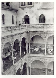 Claustro de la Universidad de Murcia. Guerra Civil. The Hospital Federica Montseny was inaugurated in early 1937 in the city of Murcia (Spain). Its name is dedicated to the Minister of Health, anarchist and member of the CNT and the FAI. This picture was donated by Hans Landauer (Austria), an international brigader in the Spanish Civil War. Hospital_Federica_Montseny_de_Murcia_04.jpg (1204×1664)