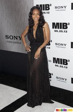 "Istri aktor Will Smith, aktris Jada Pinkett Smith turut hadir di pemutaran perdana film ""Men In Black 3"" di New York."