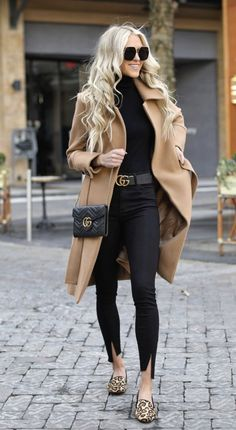 40 Outstanding Casual Outfits To Fall In Love With: Casual outfits for spring & fall to get inspired by! If you're looking for causal outfit inspiration, casual everyday outfits and fashion ideas, these 40 beautiful outfits by fashion bloggers will motivate you to look trendy in no time. | Image by ©️️ MacyStucke / camel coat / #camelcoat #Casualeverydayoutfits #casualoutfits #outfitsinspiration #casualoutfitinspiration #fashionideas