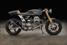 The Moto Guzzi 1100 Sport is one of those wonderful motorcycles that suffers from one major problem – it's a little on the porky side. With a wet weight well into the 500 lb range the Guzzi was challenging to ride, although those who have mastered it tend to consider it one of the best...
