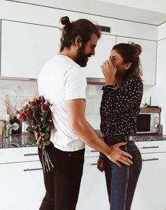 """Surprise me...it doesn't need to be flowers...a drink, dinner plans...anything that says """"hey I was thinking of you before you got here & wanted to make you smile"""""""