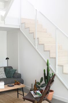 Staircase Design Modern, Interior Staircase, Morden House, Stair Handrail, House Stairs, Random House, Industrial House, Stockholm, Minimalist Home