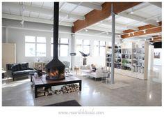 Valokuvaaja Mari Lehtisalo: Gumbostrand Konst & Form The Neighbourhood, Ceiling Lights, Lighting, Table, Furniture, Home Decor, Decoration Home, Light Fixtures, Room Decor