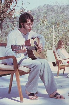 Discovered by jude. Find images and videos about the beatles, beatles and Paul McCartney on We Heart It - the app to get lost in what you love. Ringo Starr, Stuart Sutcliffe, Paul Mccartney, John Lennon, Beatles Love, Les Beatles, Beatles Photos, George Harrison, Liverpool