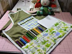 Eu Amo Artesanato: Avental infantil de bichinhos Couture, Apron, Activities, School, Kids Apron, Patron Couture, Throw Pillows, Creativity, Toddler Girls