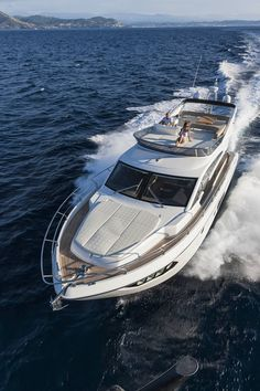 Absolute 52FLY - FLYBRIDGE YACHT - 02