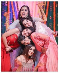 Indian Wedding Poses, Indian Wedding Couple Photography, Indian Weddings, Funny Wedding Poses, Indian Bride Poses, Indian Wedding Pictures, Indian Bridal Photos, Romantic Weddings, Unique Weddings