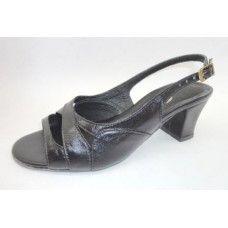 Sandália em couro Preto