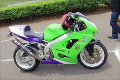 ROAD RIDER: Street motorcycle in Japan - Kawasaki ZX-9RR