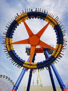 maXair at Cedar Point, Sandusky, Ohio. Roller Coaster Park, Best Roller Coasters, Cool Coasters, Best Amusement Parks, Amusement Park Rides, Cedar Point Ohio, Sandusky Ohio, Fair Rides, Carnival Rides