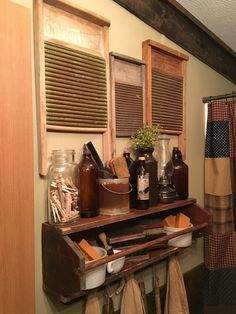 Country Furniture - Provincial Home Living Primitive Laundry Rooms, Country Decor, Rustic Bathrooms, Primitive Decorating Country, French Country Bathroom, Primitive Bathroom Decor, Primitive Bathrooms, Primitive Kitchen, Farmhouse Interior