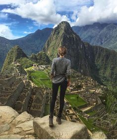 >> NEW STUNNING INSPIRATION - Lovely Anna in Peru! Via @STYLAHOLIK Pictre Annaegiaz®