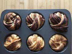 La storia è sempre la stessa: quando hai più di un lievito madre, hai necessariamente dell'esubero. Io l'esubero non riesco proprio a buttarlo, mi si stringe il cuore. Per cui ho messo a punto una serie di ricette antispreco per utilizzarlo e dargli nuova vita! Alcune le trovate nel mio libro ACQUISTALO ….altre invece sono … Muffin, Cranberry Bread, Sourdough Bread, Biscotti, Cooking, Breakfast, Sweet, Desserts, Recipes