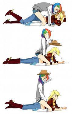 Applejack x Rainbow Dash (My Little Pony: Friendship is Magic) by Aconitea
