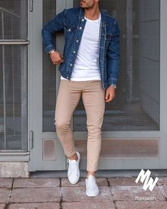 Very nice photo of our dear friend 👌🏽 Summer Outfits Men, Stylish Mens Outfits, Casual Outfits, Most Stylish Men, Men Summer, Mens Fashion Suits, Fashion Menswear, 80s Fashion, Men's Casual Fashion