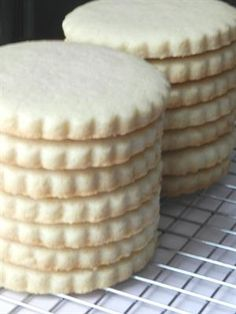 10 Must-Try Gluten-Free Sugar Cookie Recipes: Gluten Free Vanilla Bean Sugar Cookies. gluten free, gluten free recipes, gluten free food