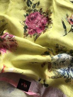 Digital printed linen saree comes with printed running blouse pc Tulsi Silks, Saree Floral, Yellow Doors, Trendy Sarees, Printed Linen, Saris, Indian Outfits, Designer Dresses, Ethnic
