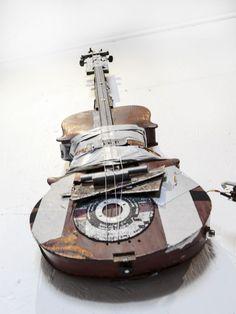 TubalCain-Guitars | TOBBE MALM metalArt Malm, Guitars, Scrap, Music Instruments, Home Appliances, House Appliances, Musical Instruments, Appliances, Guitar