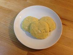 Cómo hacer galletas en el microondas | facilisimo.com Microwave, Yummy Food, Cookies, Cake, Ethnic Recipes, Desserts, Recetas Light, Food Ideas, Gastronomia