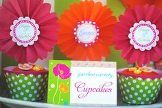 Tissue paper fans for cupcakes