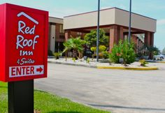 Affordable Pet Friendly Hotel In North Carolina Red Roof Inn Suites Jacksonville