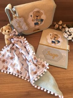 Cristiano, Teddy Bear, Animals, Baby Clothes Girl, Wallet, Baby Things, Towels, Little Girls, Blanket