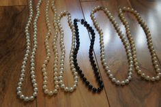 Estate Vintage Jewelry Necklace Set  Beaded ,Faux  Pearl ,White,Cream, Black, Choker  A-099 by VintageEstate86 on Etsy