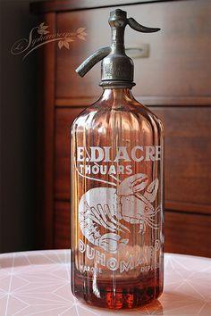 Ancien siphon rose Duhomard – Emile Diacre, Thouars