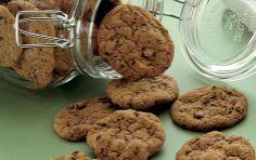 Smákøkur vit baka hvørt ár til jóla. Food N, Food And Drink, Danish Food, Big Cakes, Toblerone, Something Sweet, Cakes And More, Chocolate Chip Cookies, Cookie Dough