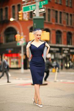 Rachel Ann Jensen ♥: at Flatiron Retro Fashion, Vintage Fashion, Dresses For The Races, Pop Art, Blonde Women, Wiggle Dress, Vintage Glamour, Estilo Retro, Casual Elegance