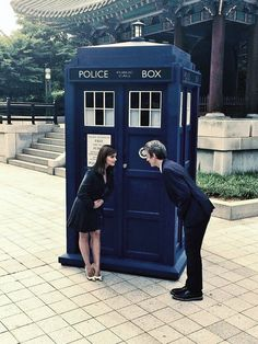 Doctor Who - Japan - TARDIS - travel - time and space - The Doctor - Twelfth doctor - Clara Oswald - Oswin Oswald - Peter Capaldi - Jenna Coleman Doctor Who Clara, Twelfth Doctor, Eleventh Doctor, Geronimo, Dr Who, Clara Oswald, Rory Williams, Police Box, Star Wars
